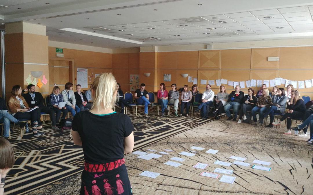 MOV(I)E IT FORWARD! Dissemination, exploitation and sustainability of KA2 Erasmus+ project results